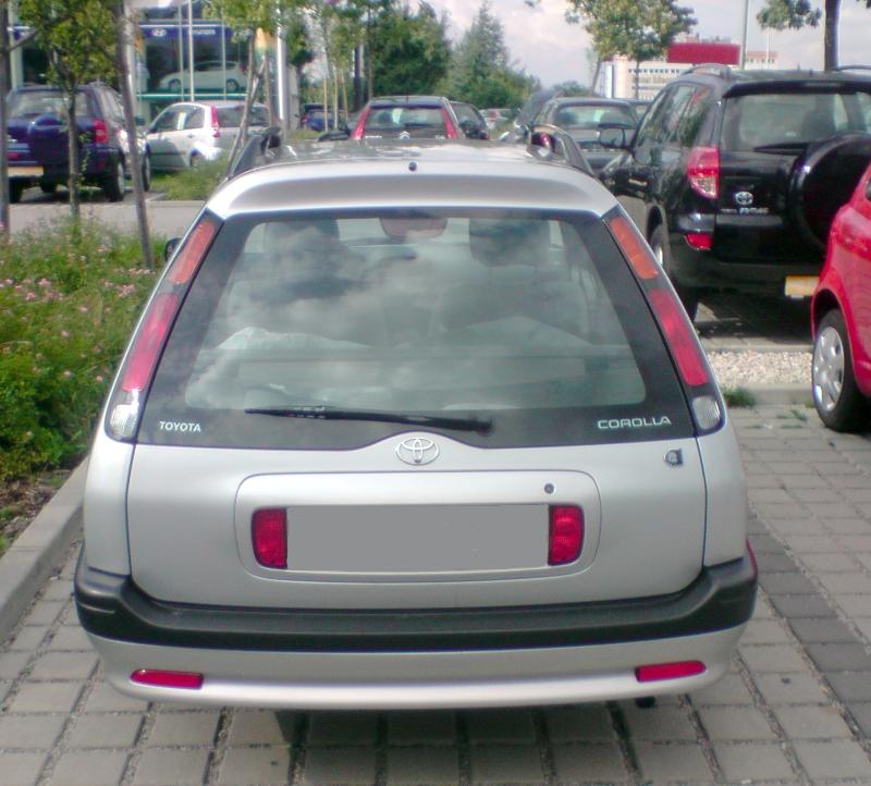 Corolla E11 Kombi von hinten