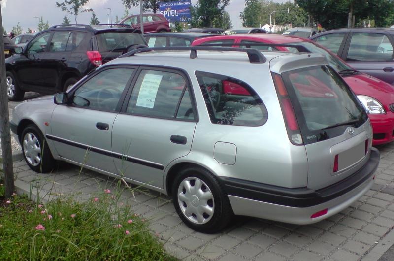 Corolla E11 Kombi seitlich